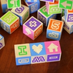 Bitblox comes with fun symbol cubes