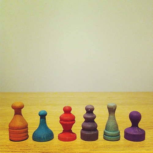 antique_wooden_game_pieces